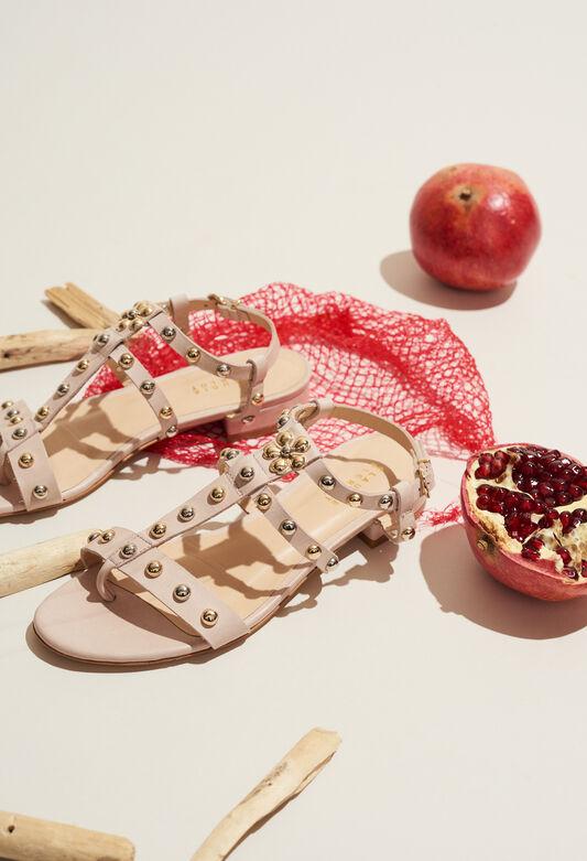ARI : Zapatos color NUDE