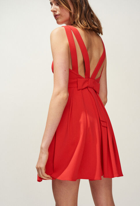 RENCONTRE : Robes couleur Ecarlate